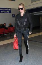 KHLOE KARDASHIAN at Los Angeles International Airport 11/26/2016