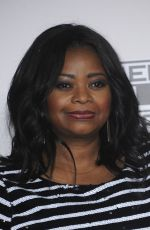 OCTAVIA SPENCER at 2016 American Music Awards at The Microsoft Theater in Los Angeles 11/20/2016