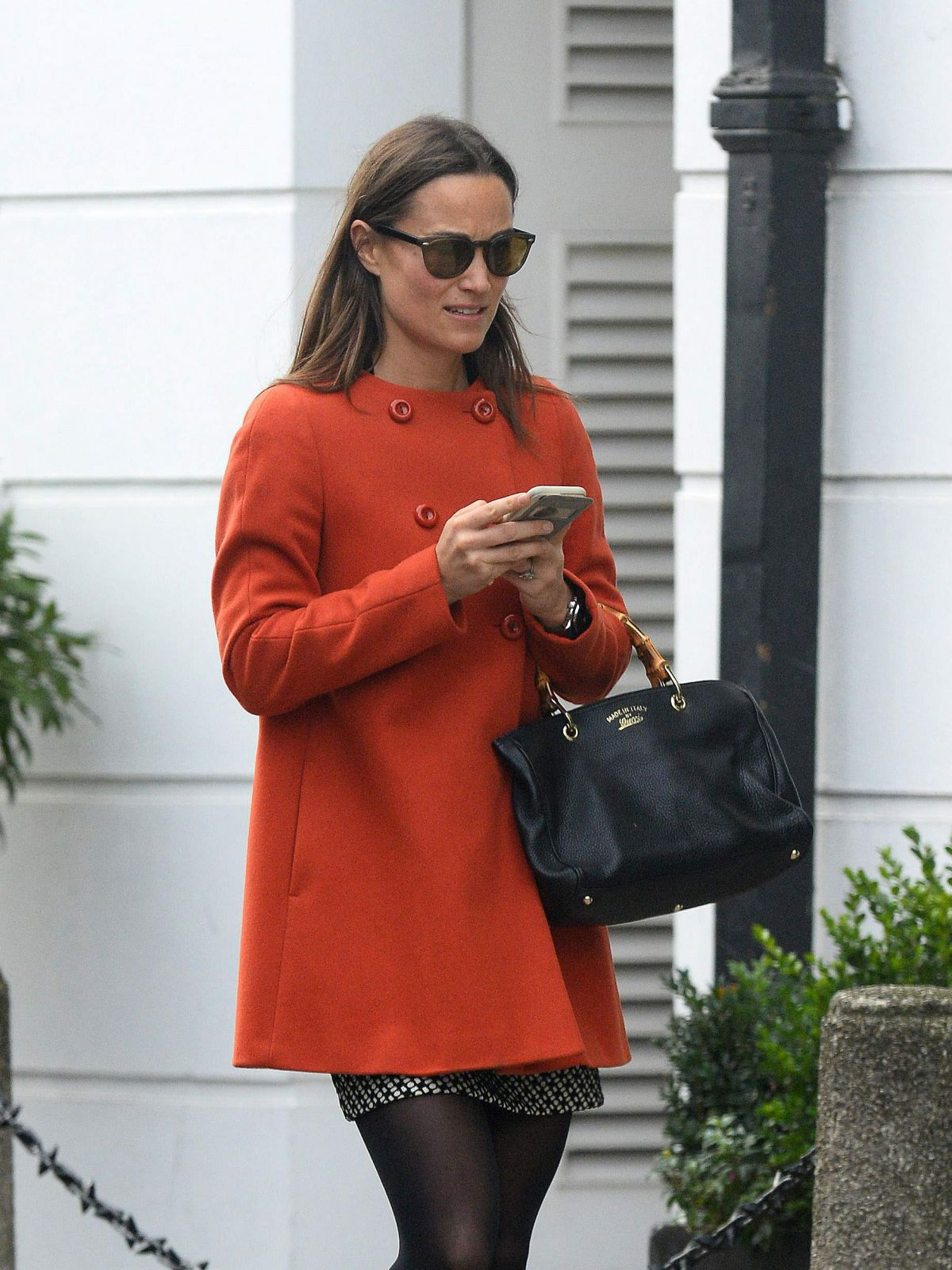 PIPPA MIDDLETON Out and About in London 11/15/2016