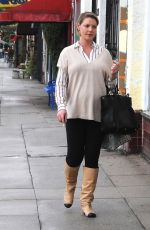 Pregnant KATHERINE HEIGL Out Shopping in Los Angeles 11/20/2016