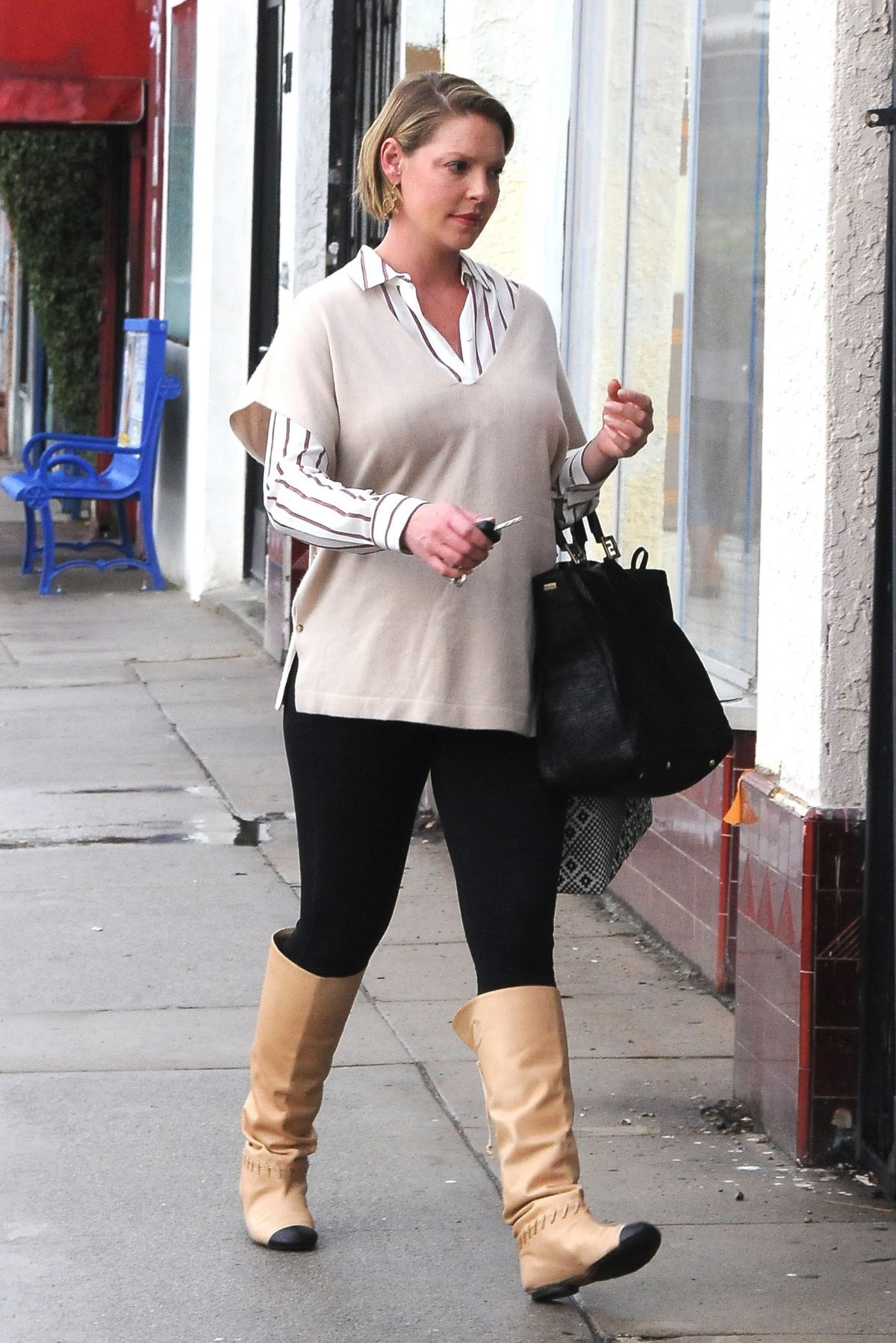 Pregnant KATHERINE HEIGL Out Shopping In Los Angeles 11/20 ...