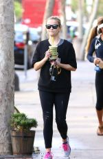 REESE WITHERSPOON Out and About in Brentwood 11/21/2016