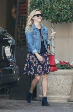 REESE WITHERSPOON Out Shopping in Beverly Hills 11/26/2016