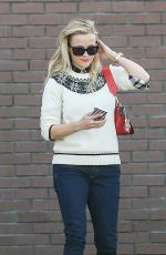 REESE WITHERSPOON Out Shopping in Santa Monica 11/17/2016