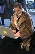 ROSE MCGOWAN Does Work at Apple Store in Manhattan 11/22/2016