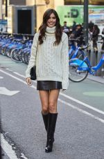SARA SAMPAIO Arrives at Victoria