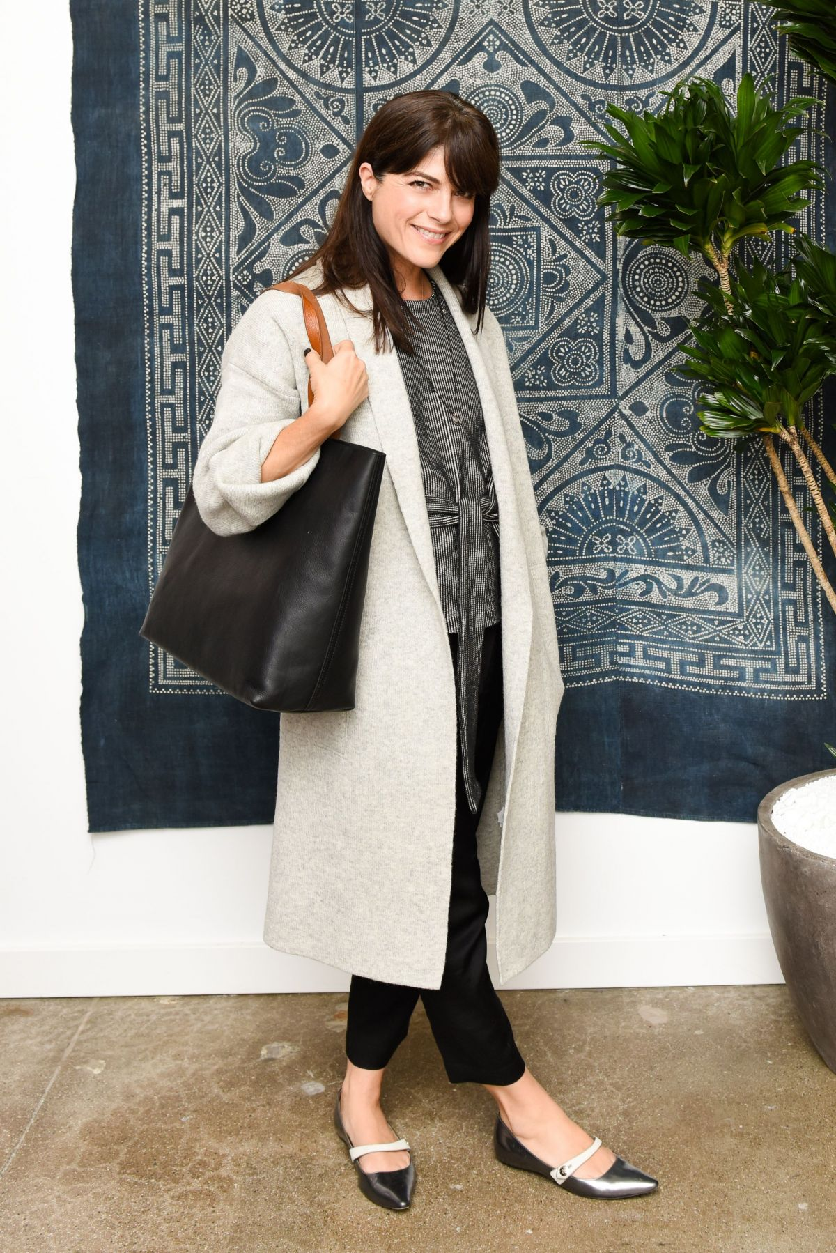 SELMA BLAIR at Madewell Celebrates The Holidays in Beverly Hills 11/15/2016