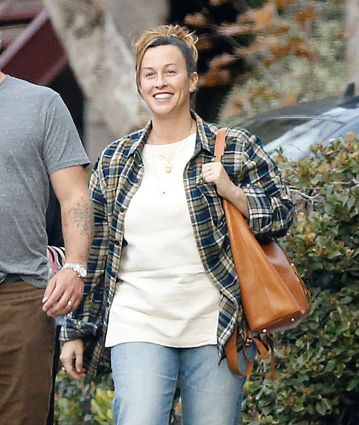 ALANIS MORISSETTE Out for Lunch in Los Angeles 12/12/2016