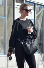 ASHLEE SIMPSON Leaves a Gym in Studio City 12/28/2016