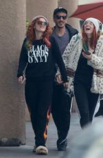 BELLA and DANI THORNE Out for Breakfast in Los Angeles 12/24/2016