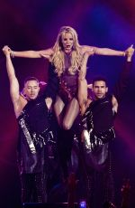 BRITNEY SPEARS Performs at B96 Pepsi Jingle Bash at Allstate Arena in Rosemont 12/10/2016