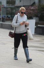 BUSY PHILIPPS Out and About in Los Angeles 12/16/2016