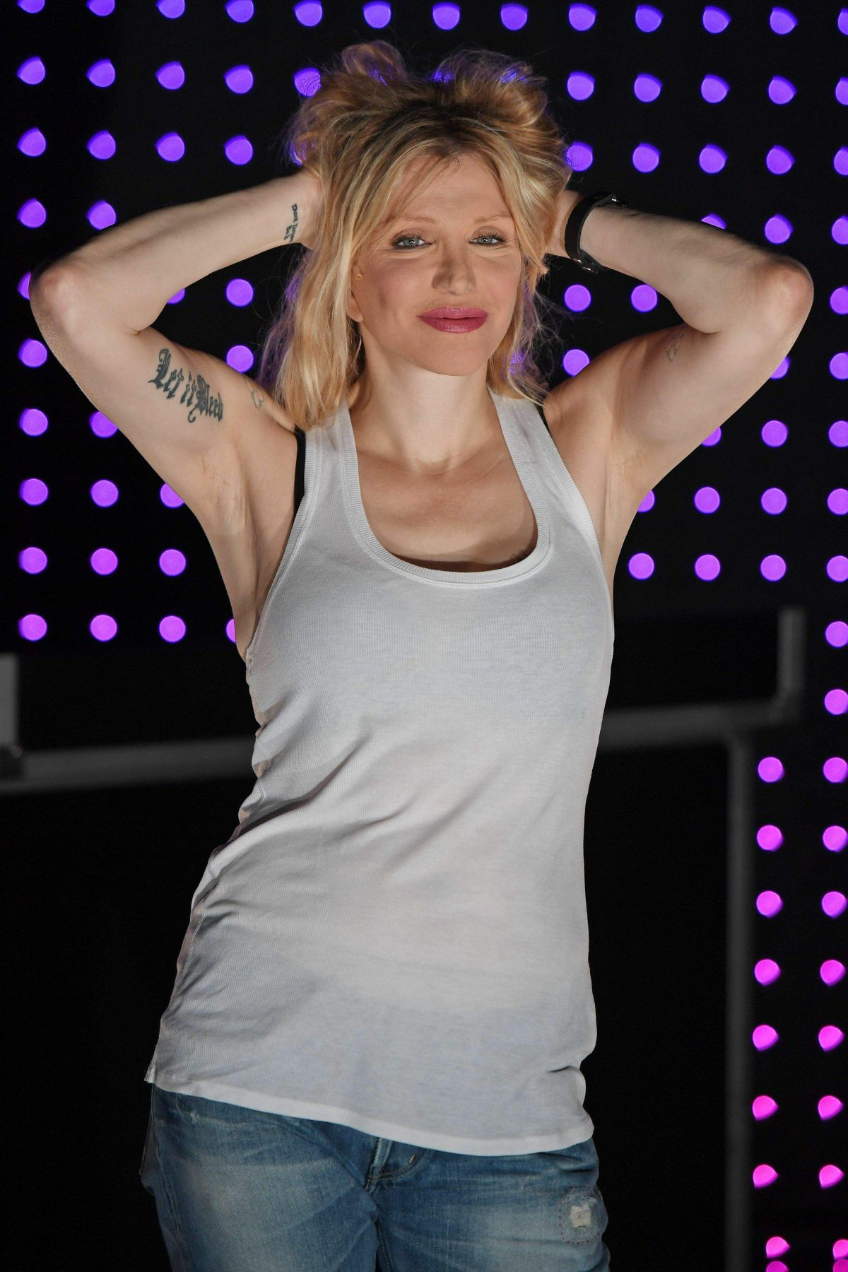 COURTNEY LOVE at