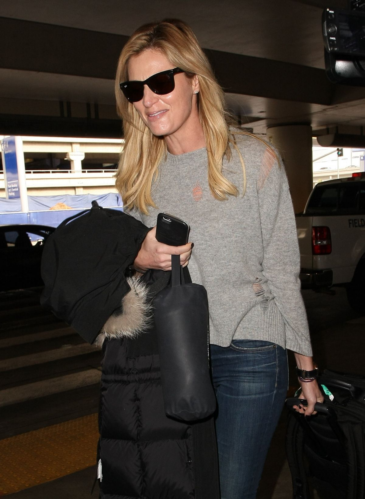 ERIN ANDREWS at Los Angeles Intenational Airport 12/12/2016