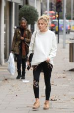 FRANKIE GAFF Out for Shoping in Chelsea 12/23/2016