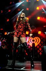 HAILEE STEINFELD Performs at 101.3 kdwb