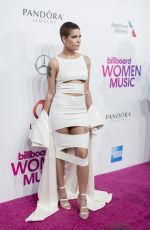 HALSEY at Billboard Women in Music 2016 in New York 12/09/2016