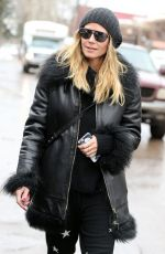 HEIDI KLUM Shopping in Aspen 12/22/2016