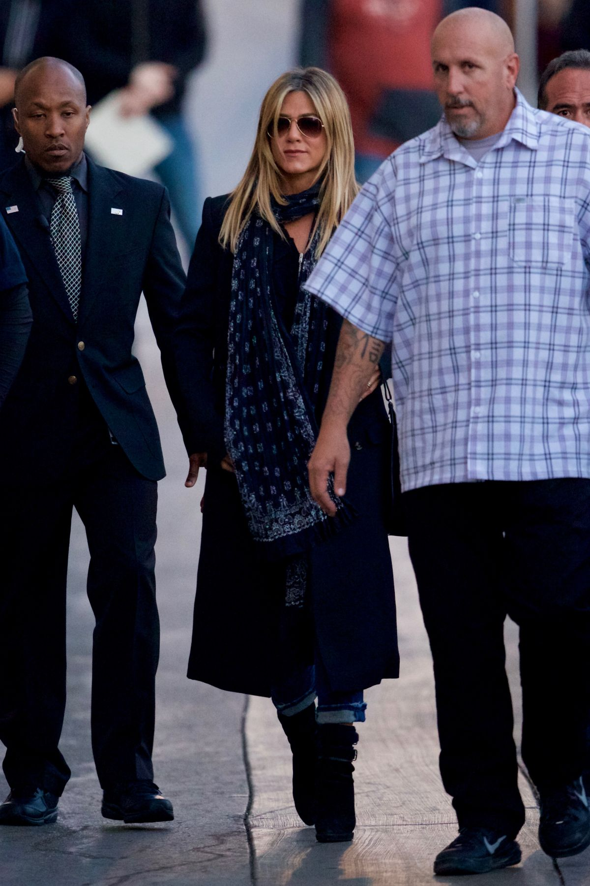JENNIFER ANISTON Arrives at Jimmy Kimmel Live in Hollywood 12/08/2016   jennifer-aniston-arrives-at-jimmy-kimmel-live-in-hollywood-12-08-2016_4