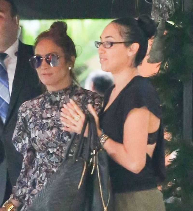JENNIFER LOPEZ at Bel Air Hotel in Los Angeles 12/30/2016