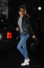 KARLIE KLOSS Arrives on the Set of a Photoshoot in New York 12/18/2016