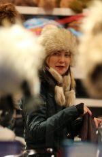 KATE HUDSON Shopping at Boogies in Aspen 12/22/2016