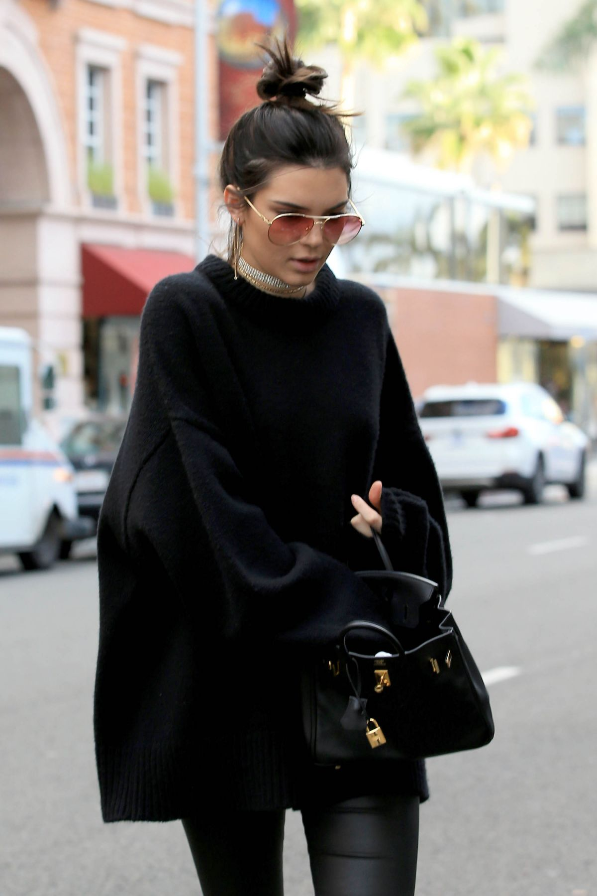 KENDALL JENNER Out for Shopping in Beverly Hills 12/22/2016