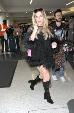 KESHA SEBERT at Los Angeles international Airport 12/08/2016