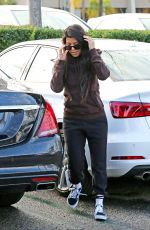 KOURTNEY KARDASHIAN Out and About in Calabasas 12/21/2016