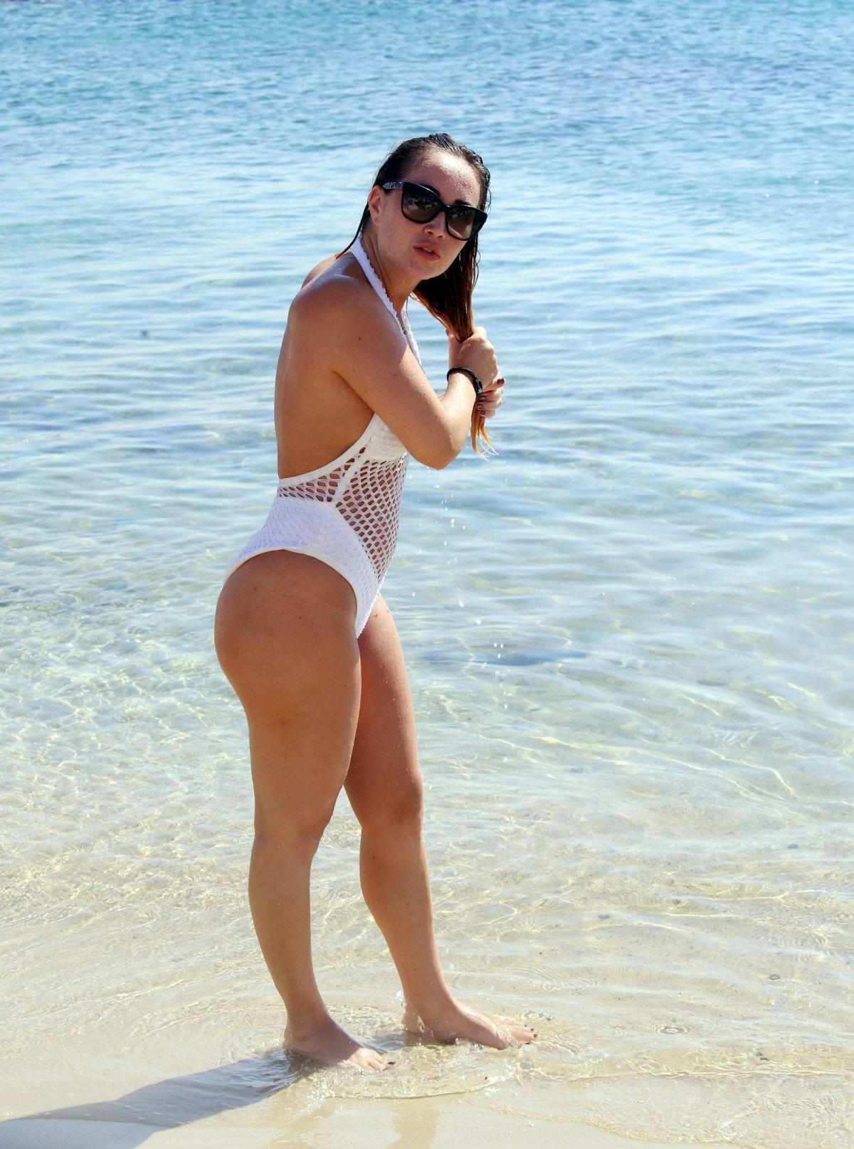 Bikini Lauryn Goodman naked (33 foto and video), Sexy, Cleavage, Twitter, braless 2017