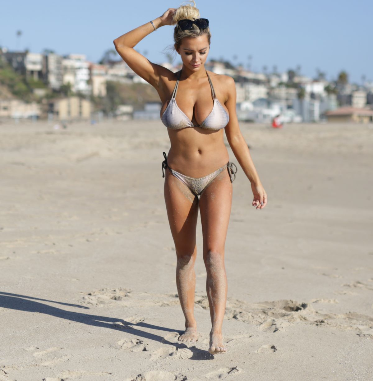 Celebrity Lindsey Pelas nude (48 photos), Ass, Paparazzi, Feet, legs 2020
