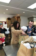 LISA VANDERPUMP Doing Charity Work at Christmas Time in New York 12/22/2016