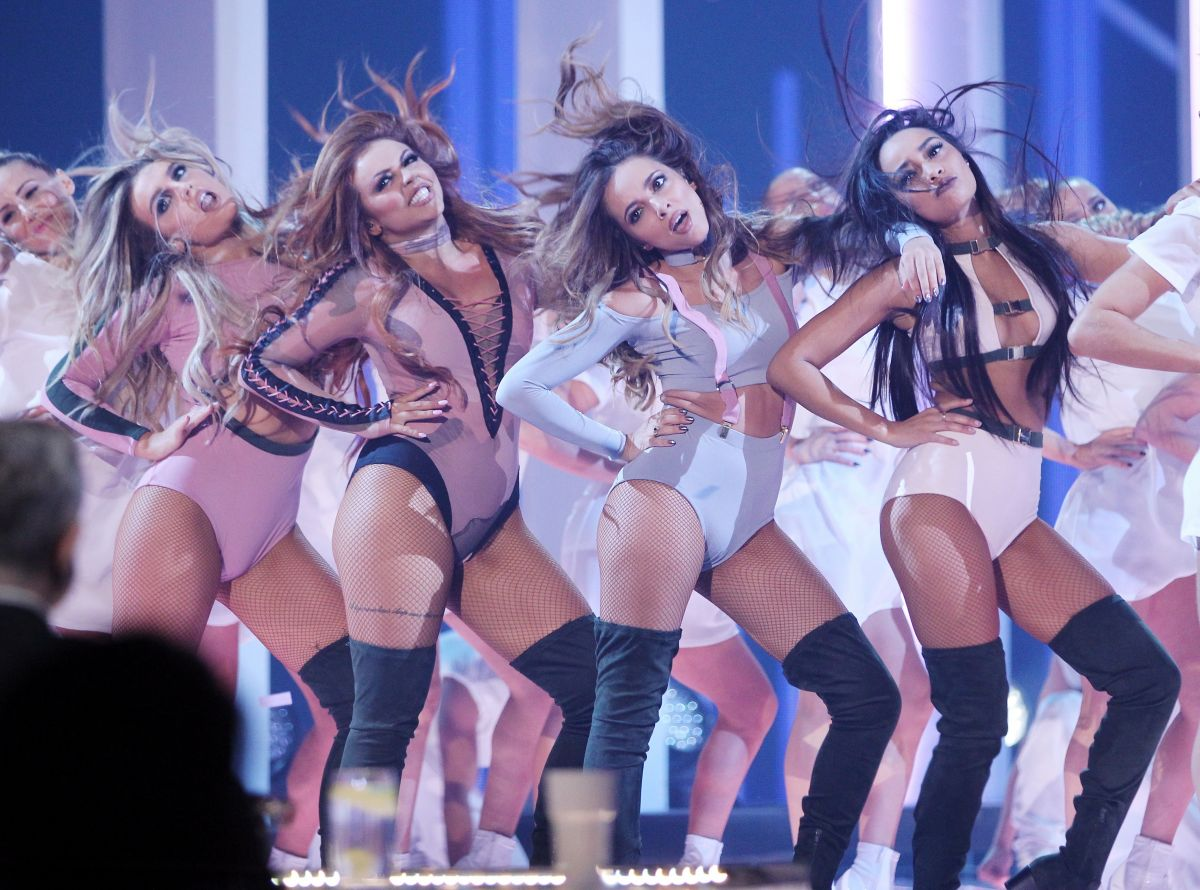 LITTLE MIX Performs at The X Factor in London 12/11/2016