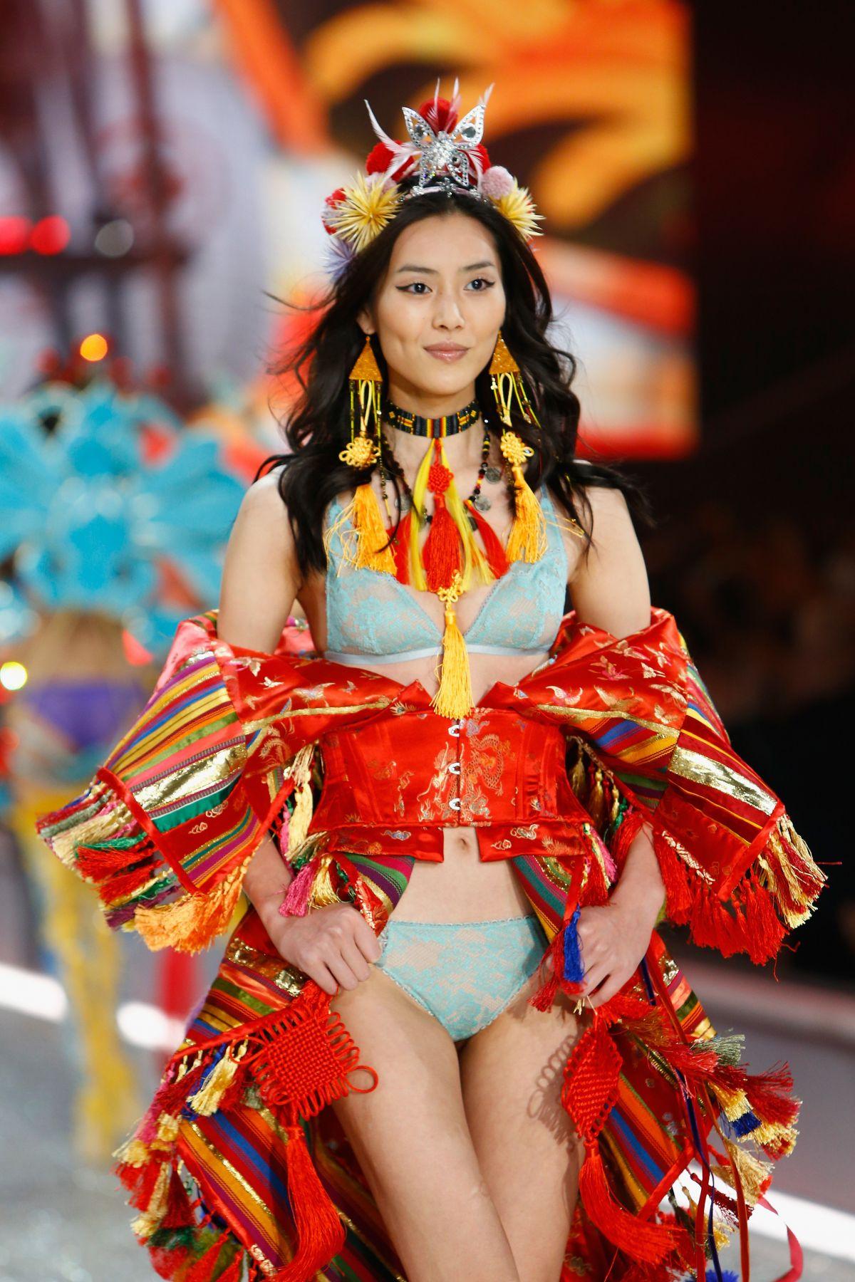 Resultado de imagen de Liu Wen victoria secret 2016