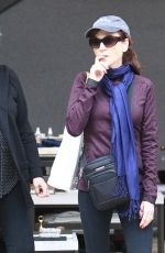 MARILU HENNER Shopping in Los Angeles 12/23/2016