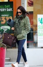 MEGHAN MARKLE Heading to Yoga Class in tToronto 12/10/2016