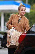 MENA SUVARI Shopping at Bristol Farms in West Hollywood 12/23/2016