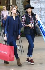 PERREY REEVES Out for Christmas Shopping in Los Angeles 12/16/2016