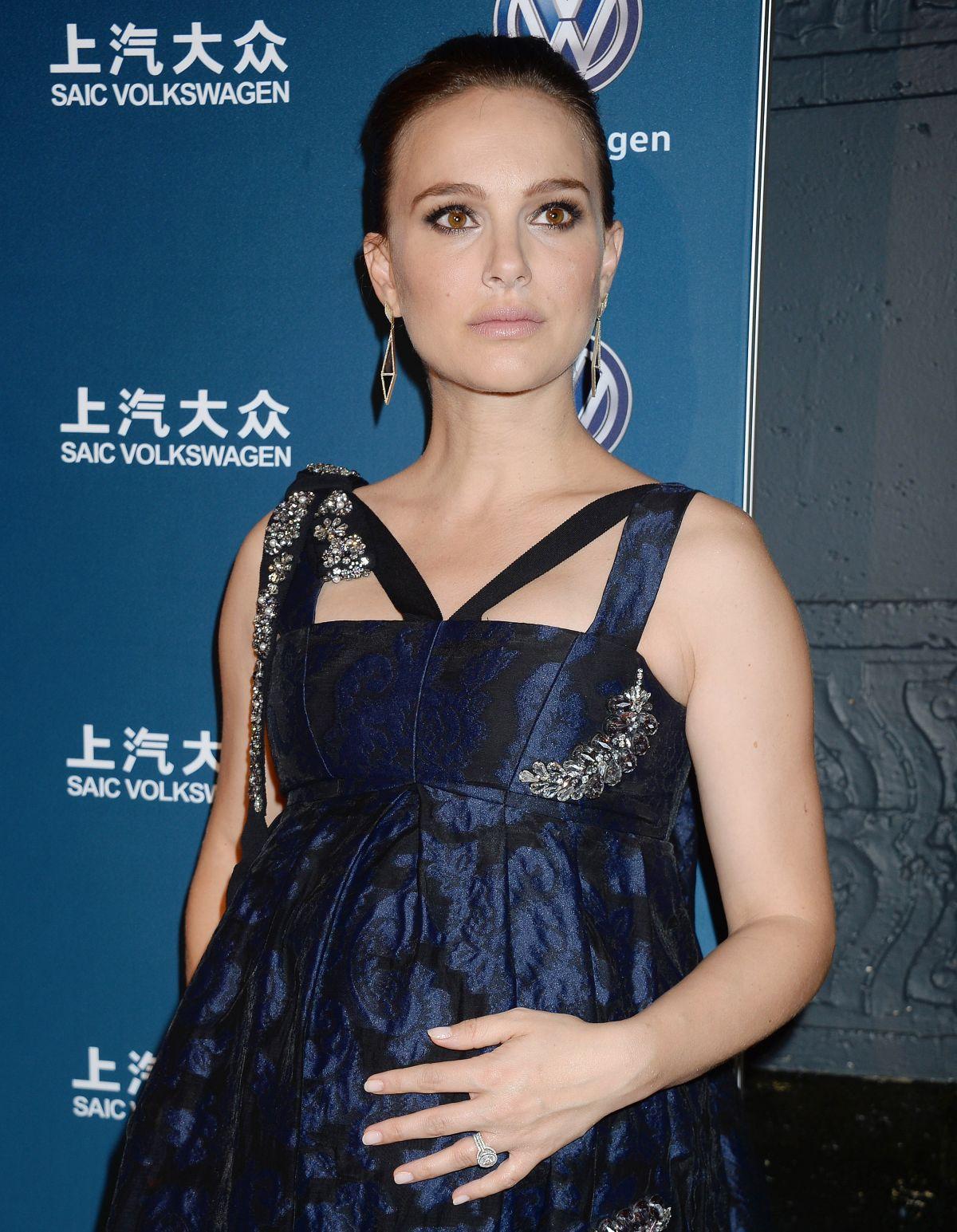 Pregnant NATALIE PORTMAN at 2016 Huading Global Film Awards in Los Angeles 12/15/2016