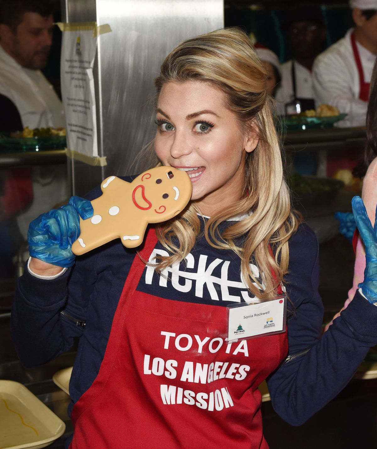 SONIA ROCKWELL at Los Angeles Mission Christmas Celebration 12/23/2016