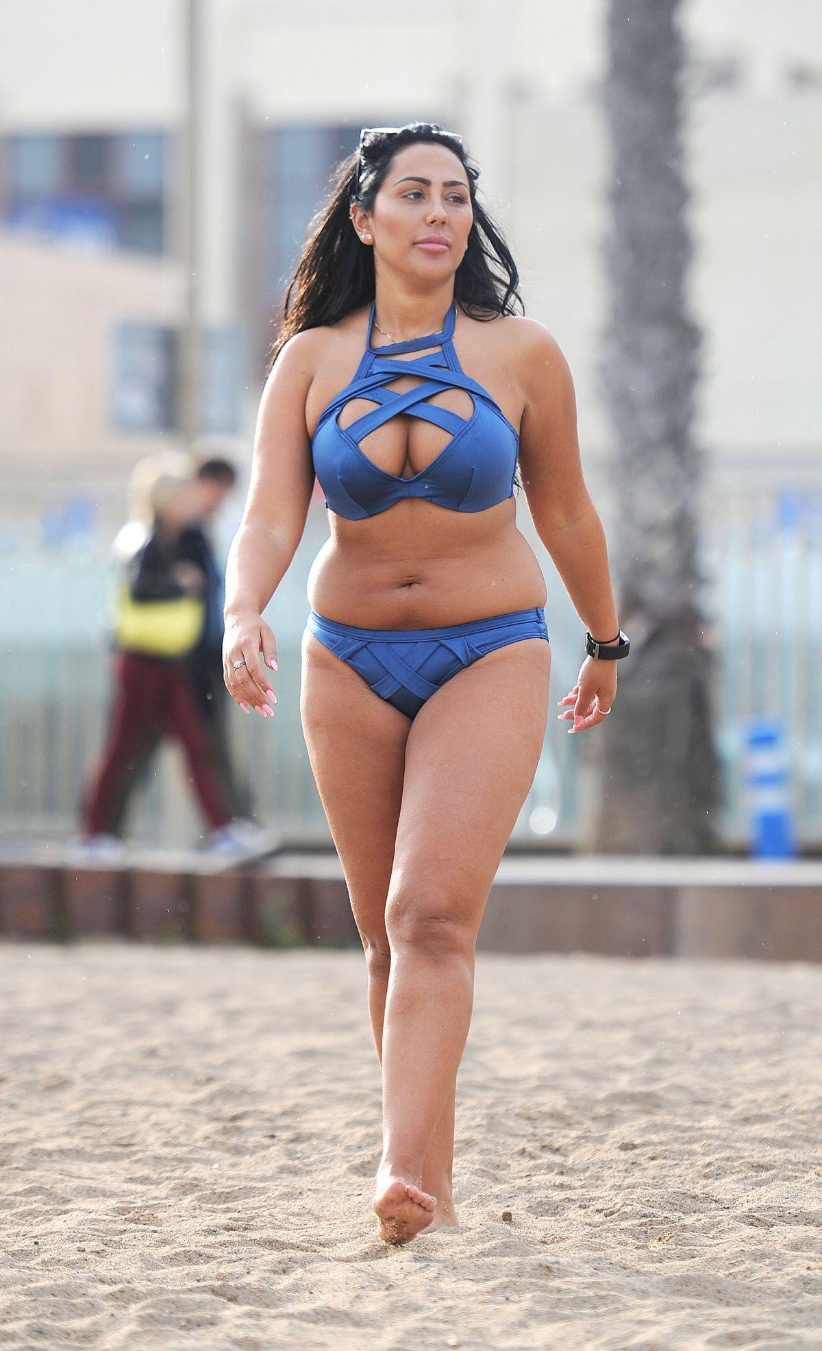 SOPHIE KASAEI in Bikini at a Beach in Dubai 12/22/2016