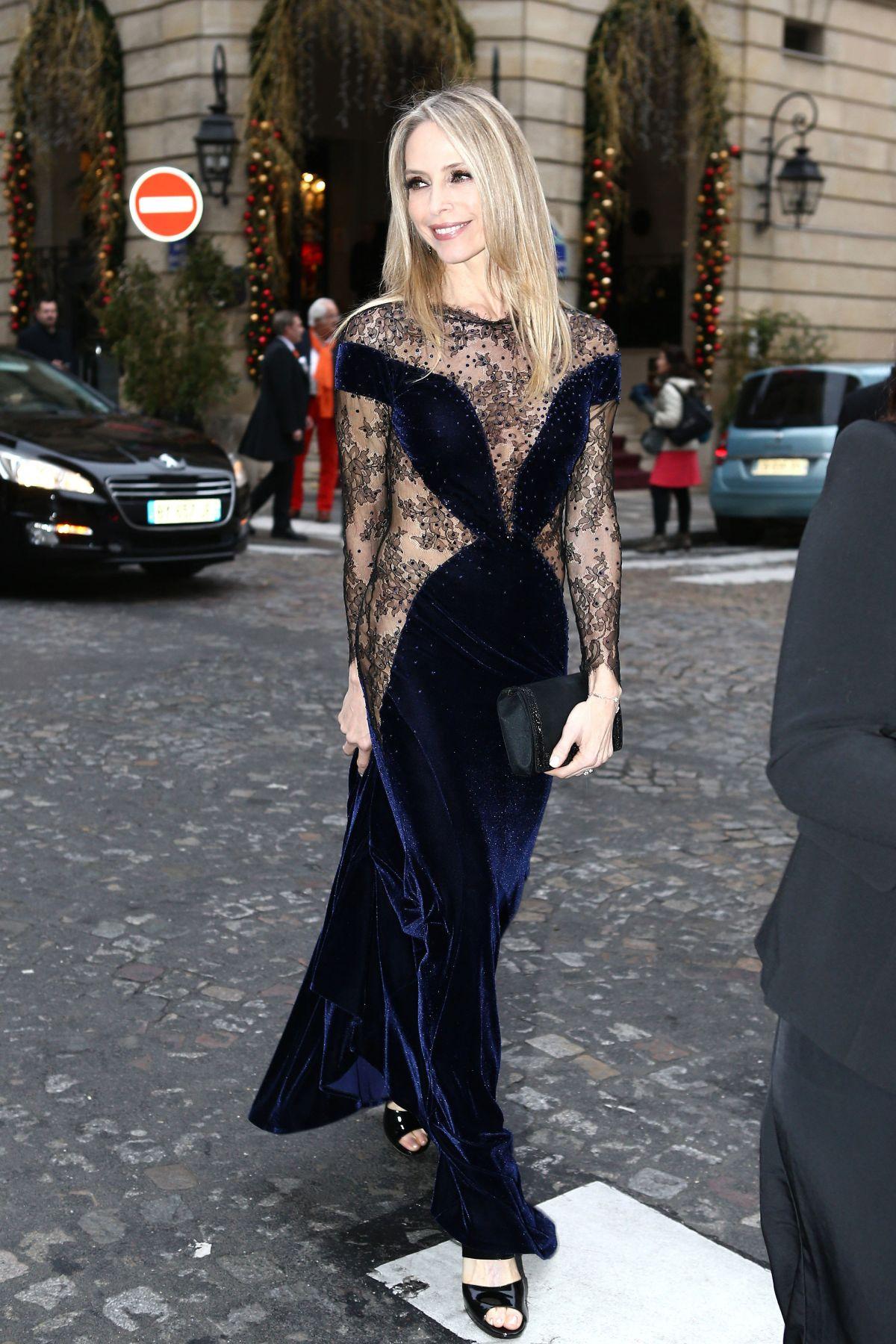 TONYA KINZINGER Arrives at Lido in Paris 12/18/2016