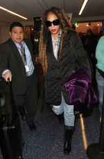 TOWANDA BRAXTON at Los Angeles International Airport 12/20/2016