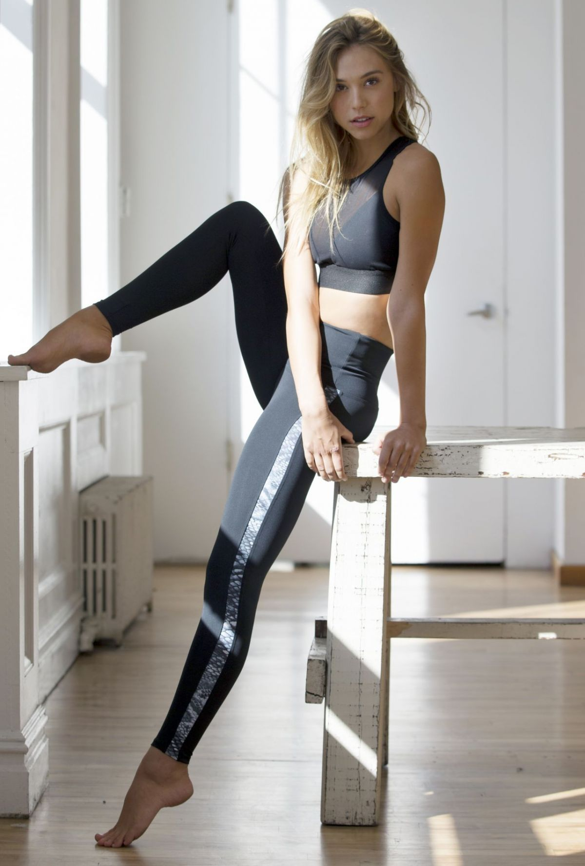 ALEXIS REN for Alexis Ren x Bandier Workout Line