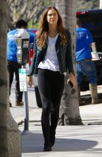 ALEXIS REN Out and About in Brentwood 01/25/2017