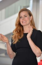 AMY ADAMS Recieves Her Star on Hollywood Walk of Fame 01/11/2017