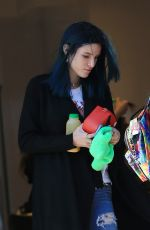 BELLA and DANI THORNE Out Shopping in Los Angeles 01/16/2017