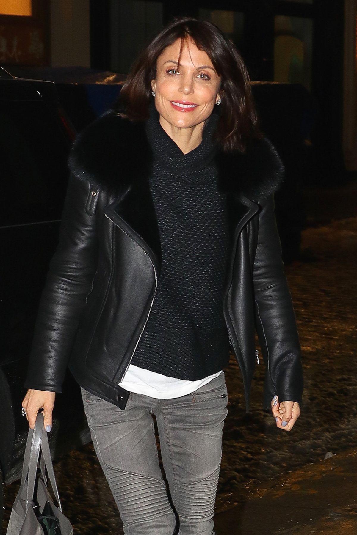 BETHENNY FRANKEL Arrives at Her Home in New York 01/10/2017