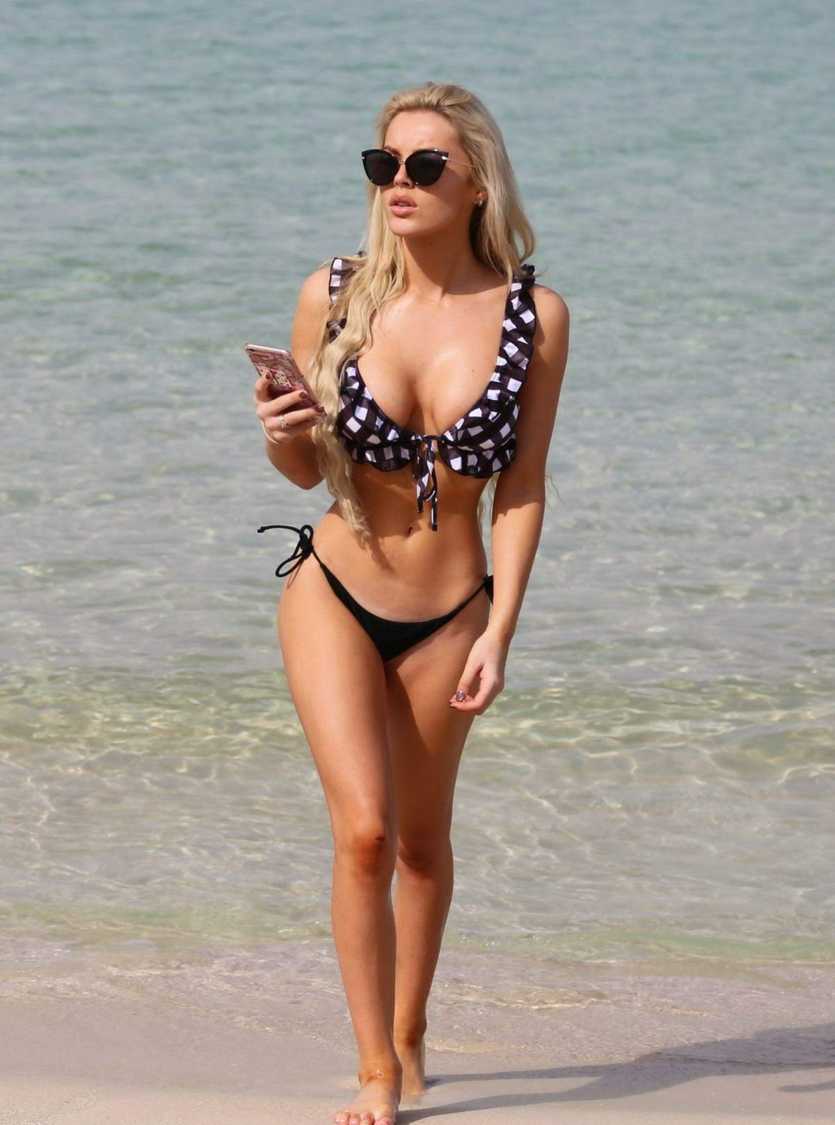 BETSY-BLUE ENGLISH in Bikini at a Beach in Dubai 01/21/2017