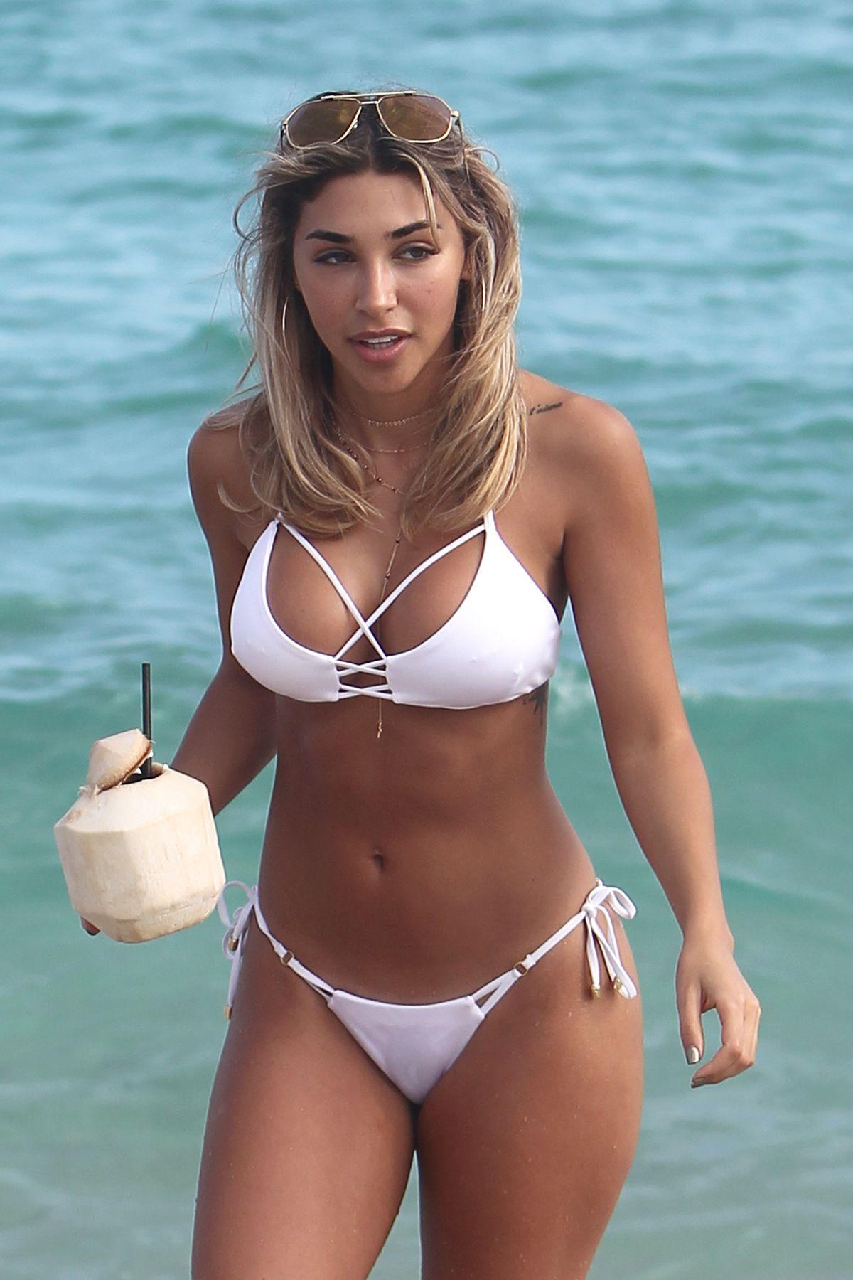 CHANTEL JEFFRIES on the Beach in Miami 01/06/2017